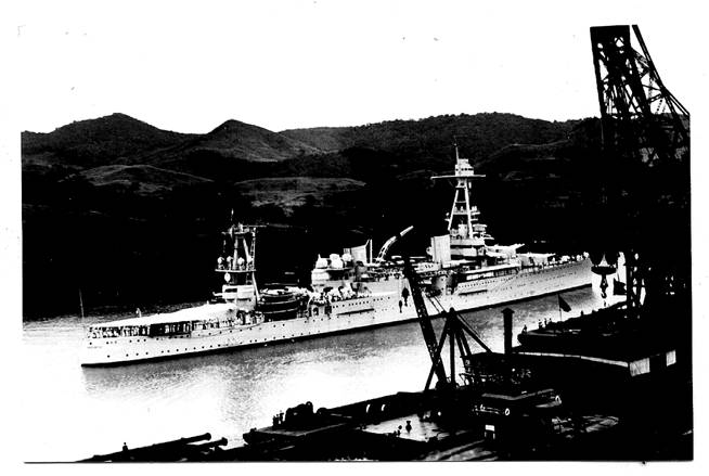 USS Houston passing through the Panama Canal